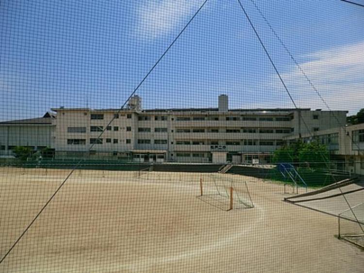 松戸市立第二中学校600m