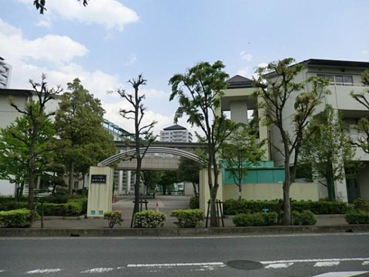 さいたま市立春野小学校 700m