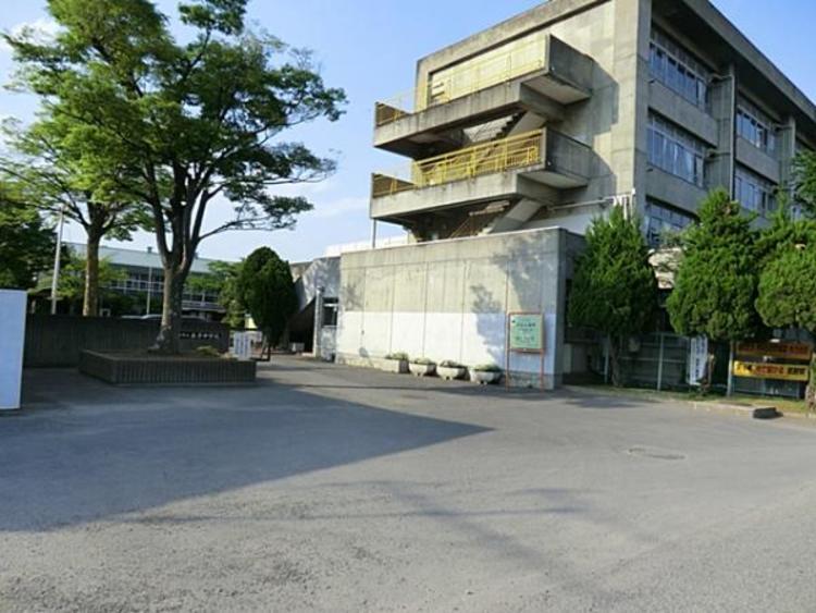 さいたま市立泰平中学校 850m
