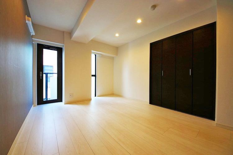 6.9帖洋室 各居室、収納が充実しています