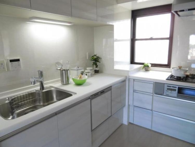 L型で使いやすいキッチン