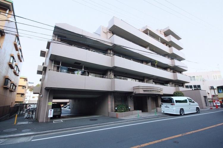 最寄の「東戸塚」駅から「横浜」駅まで約8分でアクセス可能