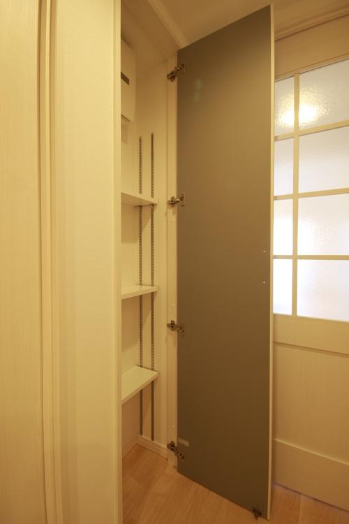 あると便利な廊下収納。生活感のないお部屋を実現できます