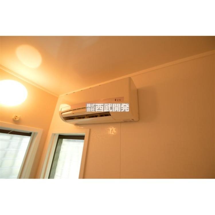 浴室内に空調設備があります。
