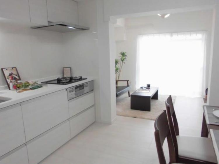 ●白を基調とした清潔感ある室内です!