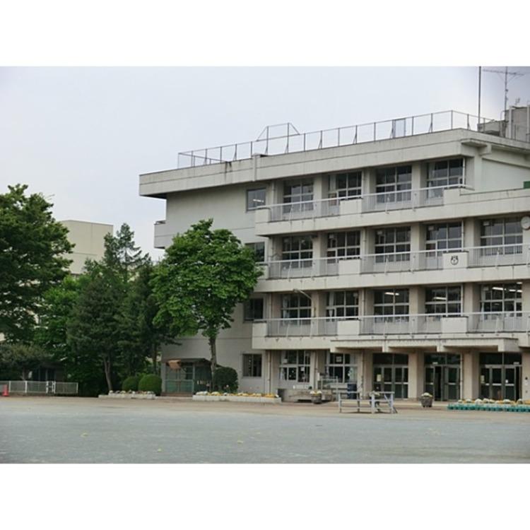 中央小学校(約480m)