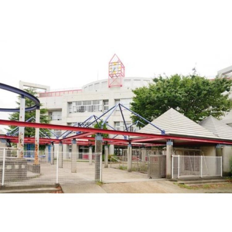戸塚北小学校(約740m)