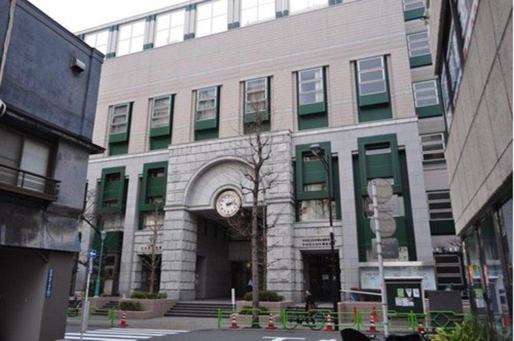 中央区立日本橋小学校まで492m 東京都中央区日本橋人形町一丁目にある公立小学校。校歌は「つつじの学校 日本橋」。 中央区立日本橋小学校まで492m 東京都中央区日本橋人形町一丁目にある公立小学校。