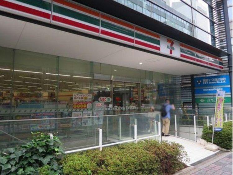 セブンイレブン日本橋本町1丁目店まで155m いつでも、いつの時代も、あらゆるお客様にとって「便利な存在」であり続けたい。 皆さまの「生活サービスの拠点」となるよう力を注いでいます。
