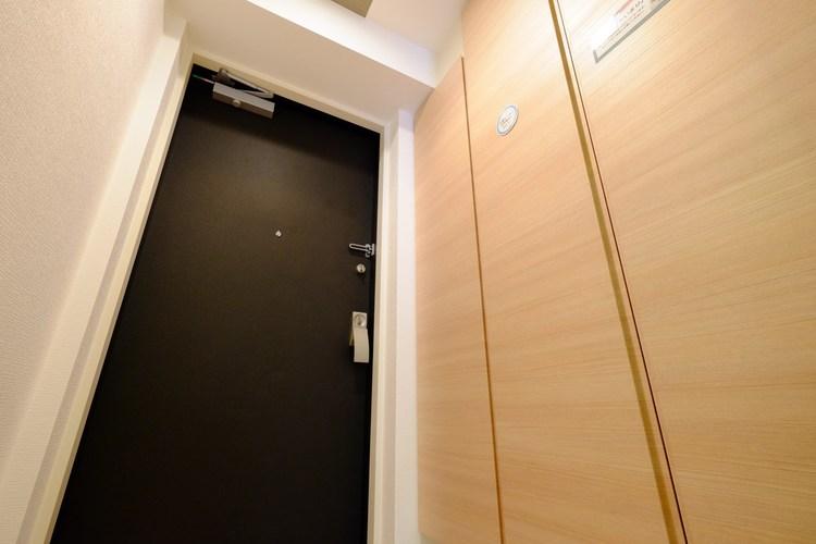 お家に出会う人々を出迎える玄関だからこそ、清潔感あふれる空間にしたいもの。