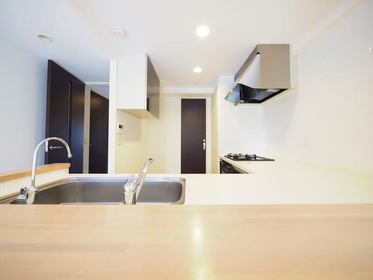 L字型の対面式キッチンです。