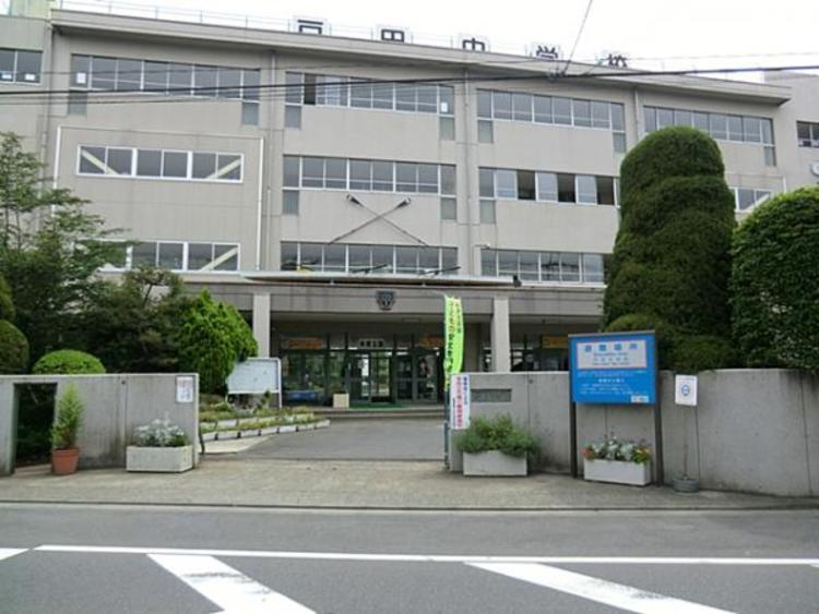戸田市立戸田中学校550m