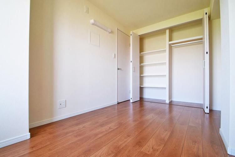 洋室約5.2帖収納スペース