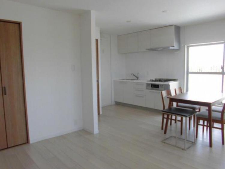 ●家具を置いてもゆとりの広さがあります!