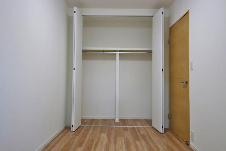 洋室約6.3帖収納スペース