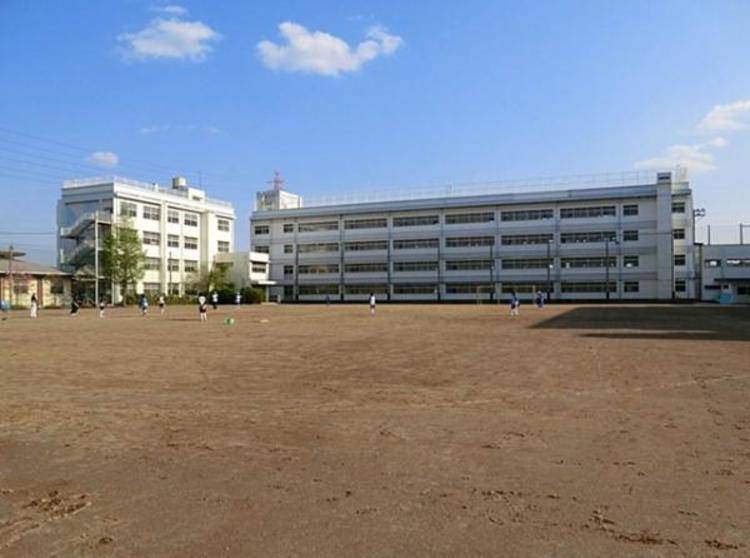 川口市立北中学校 2000m