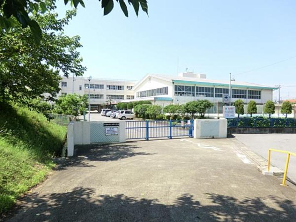 春日部市立中野小学校700m