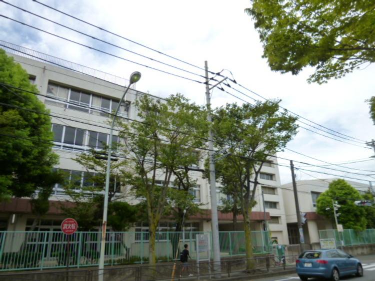 川崎市立野川小学校 距離1000m