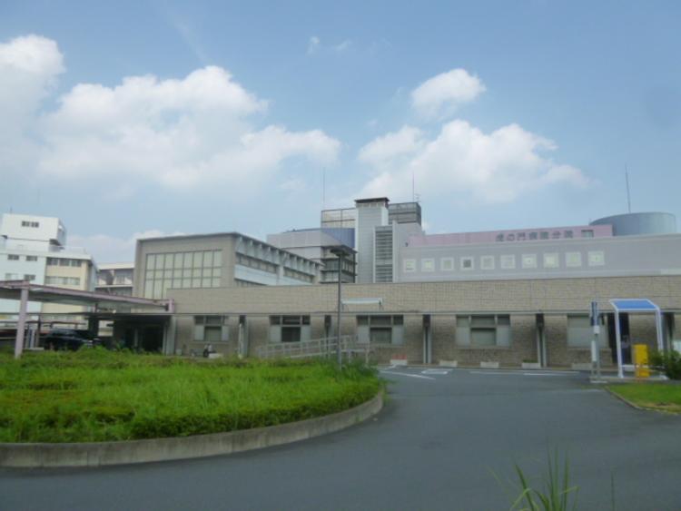 虎の門病院分院 距離1700m