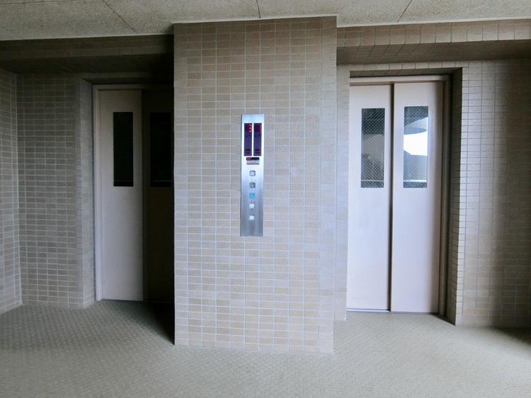 エレベーター2基