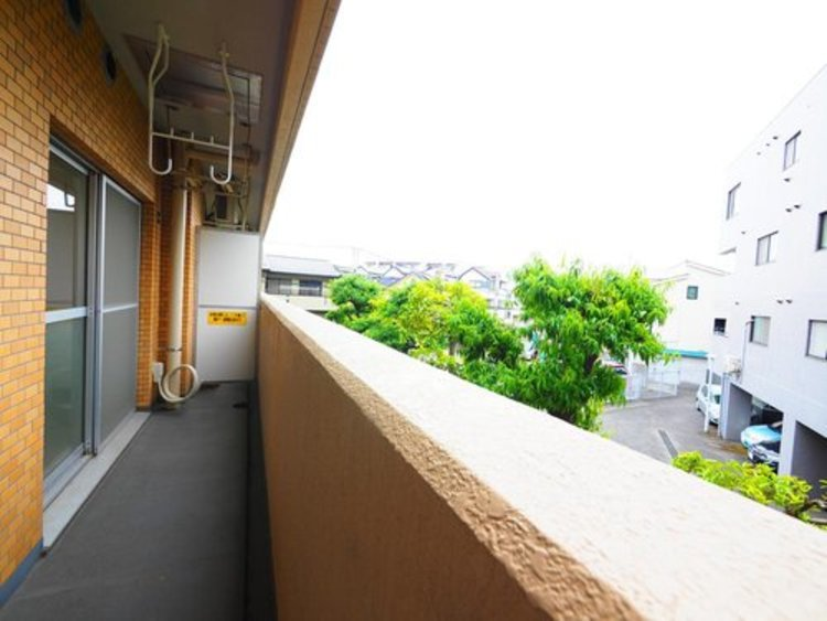 陽当り・通風に優れた魅力的で快適さを追求したマンション。ここに住むからこそ意味がある。そんな特別感に浸りながら、毎日をお過ごし頂きたいです。
