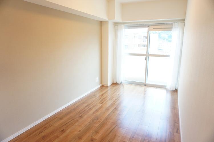 洋室 約6.0帖のお部屋です。