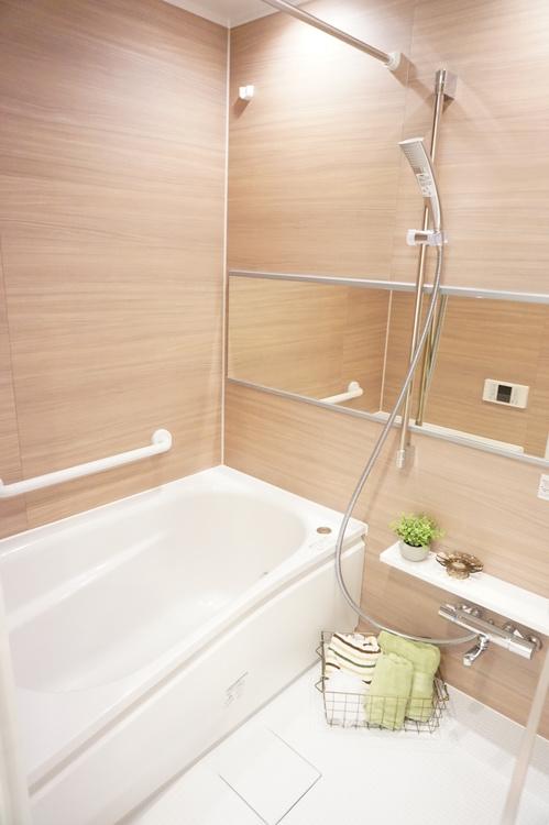 浴室 浴室乾燥機付きです