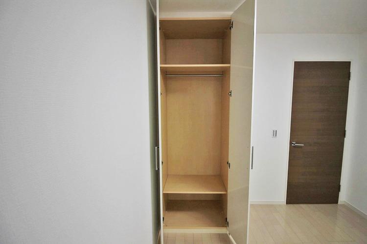 洋室約5.4帖収納スペース