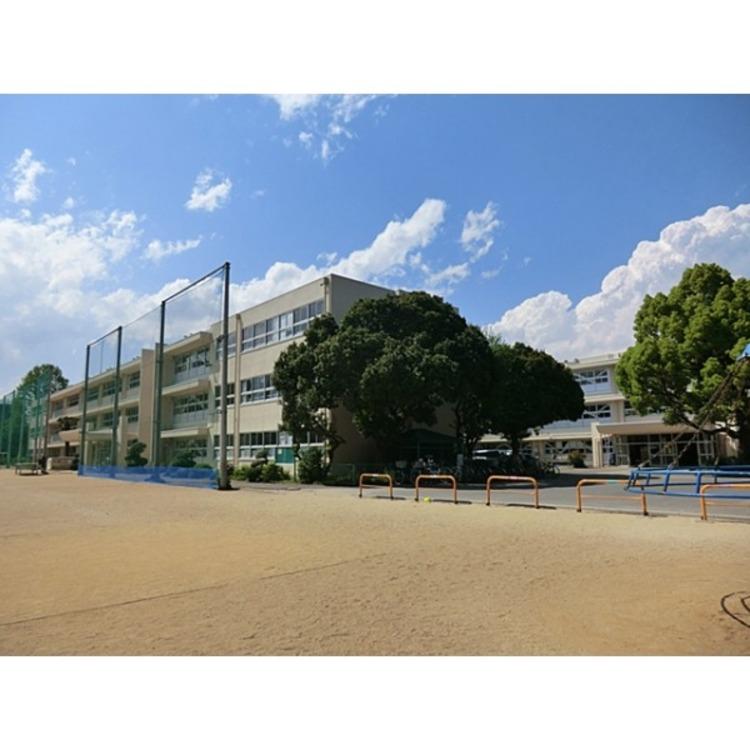 清進小学校(約580m)