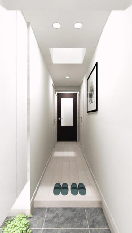 玄関がすっきりと片付く、収納力のあるトールタイプの下足入を設置
