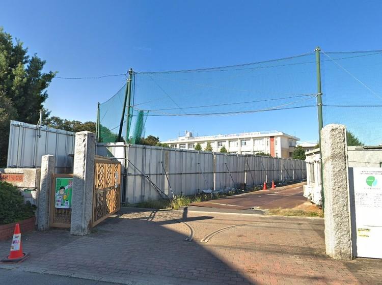 川崎市立登戸小学校