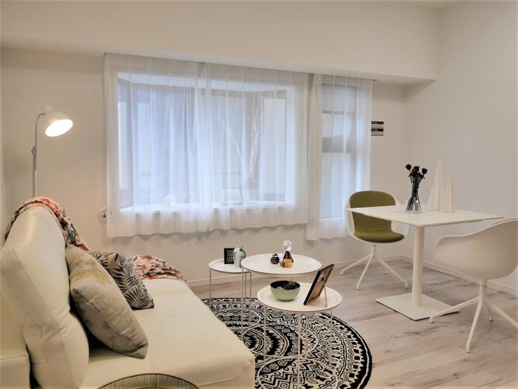 お気に入りの家具やインテリアが調和する、洗練された空間です