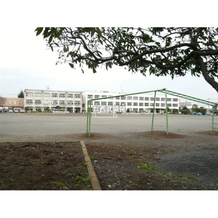狭山小学校(約540m)