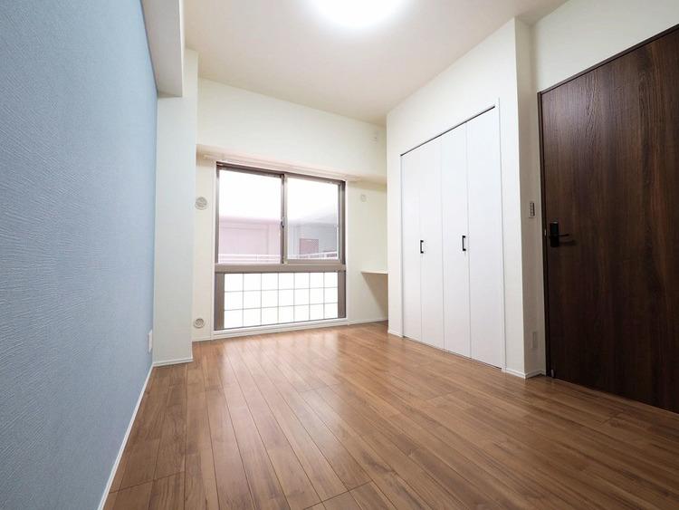 洋室約6.3帖 収納スペースあり