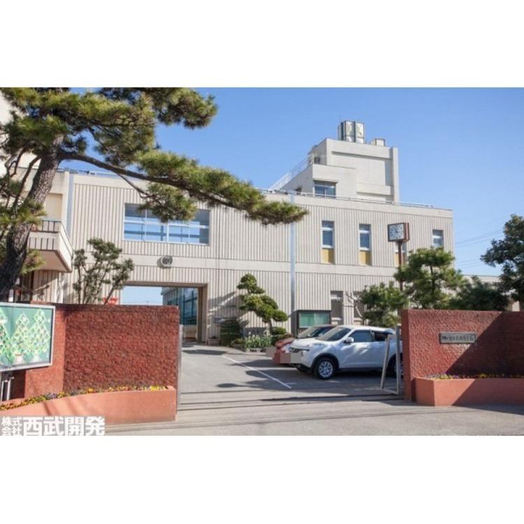 戸塚中学校(約1000m)