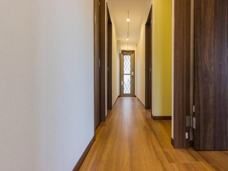 二階部廊下