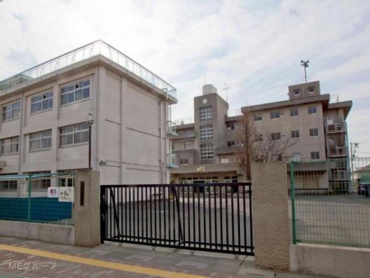 三郷市立北中学校 2195m