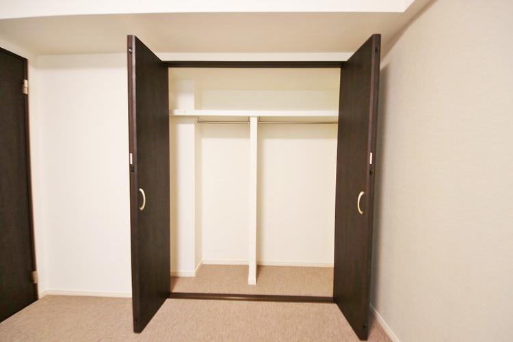 洋室約5.9帖収納スペース