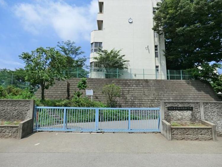 桶川市立桶川西中学校 1500m