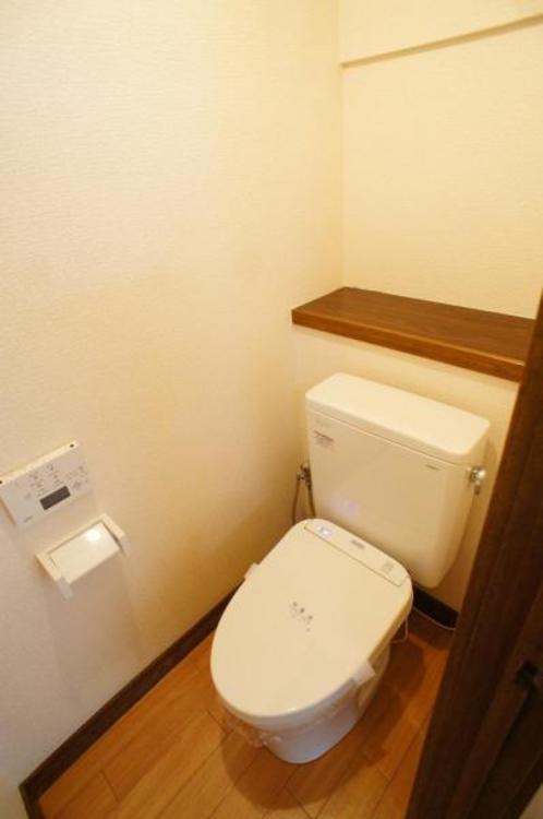 もちろん洗浄付きでトイレも快適です!
