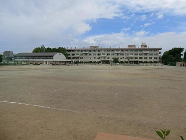 川越市立川越第一中学校 661m