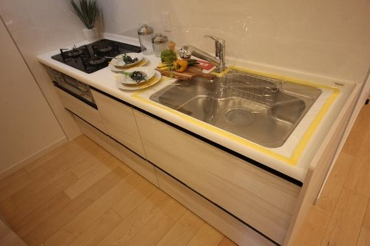 クローズキッチンは、集中して作業することができます。そのため料理が好きな方などから大変人気があります。