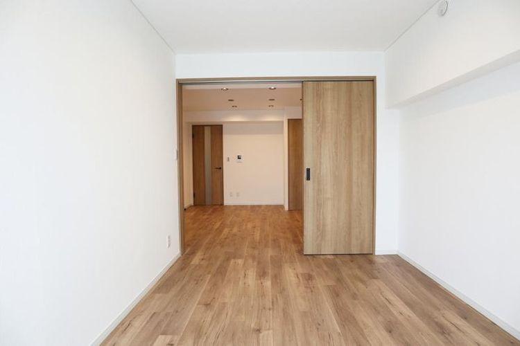 「洋室」約6.0帖 ゆとりの居室で趣味など充実した時間を過ごすことができます。