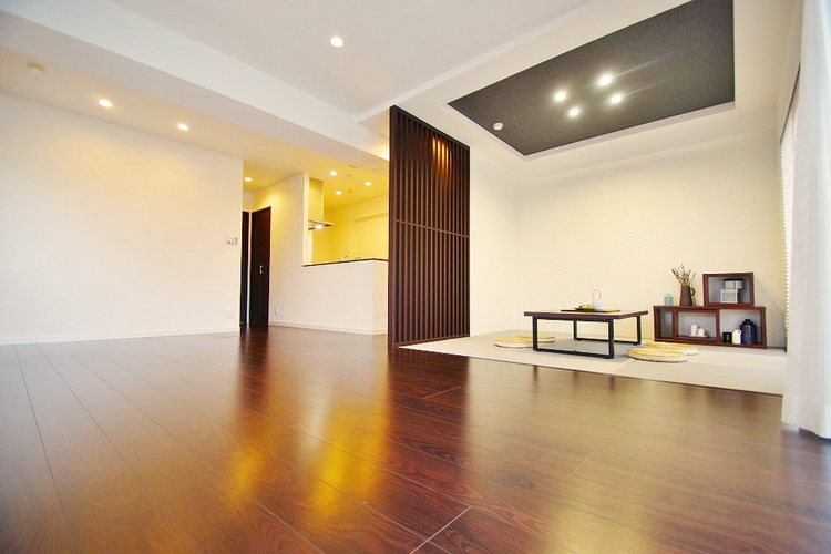 約22帖超えのワイドリビングは好き家具を置いて好みの空間に