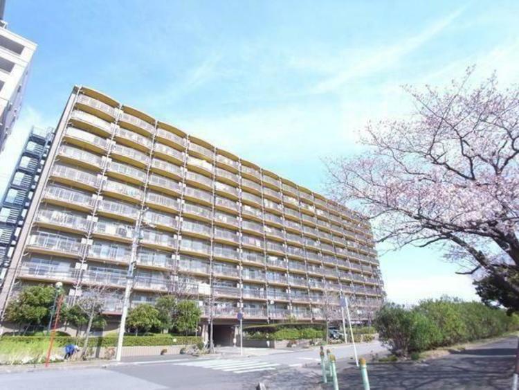 「東京」駅へダイレクトアクセス可能な、京葉線「稲毛海岸」駅が最寄です