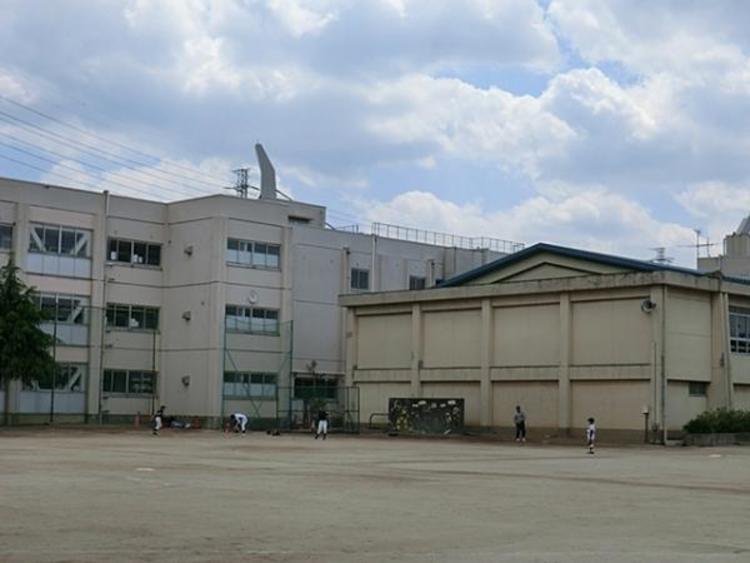 新座市立第四小学校1600m