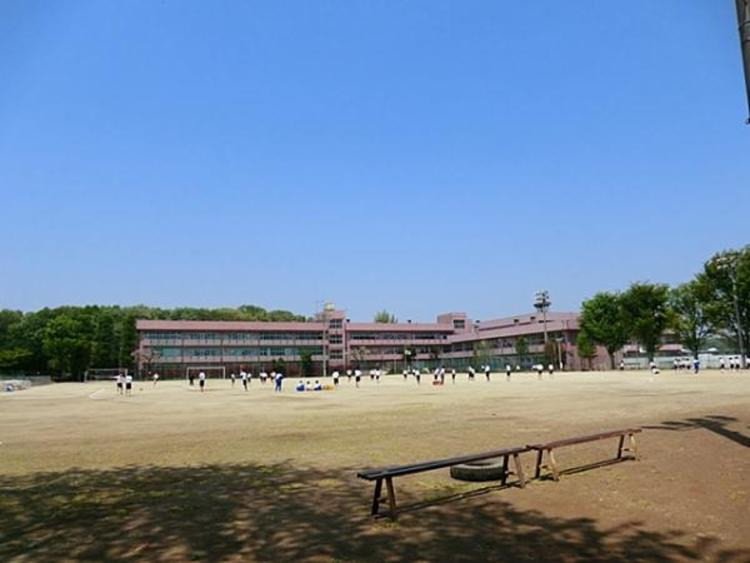 新座市立新座中学校1500m
