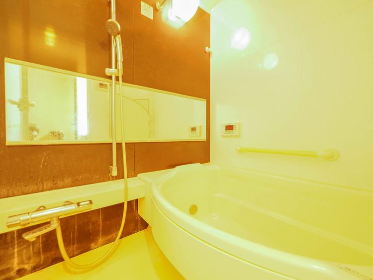 浴室暖房乾燥機にミストサウナ付き。楽しいバスタイムを実現。