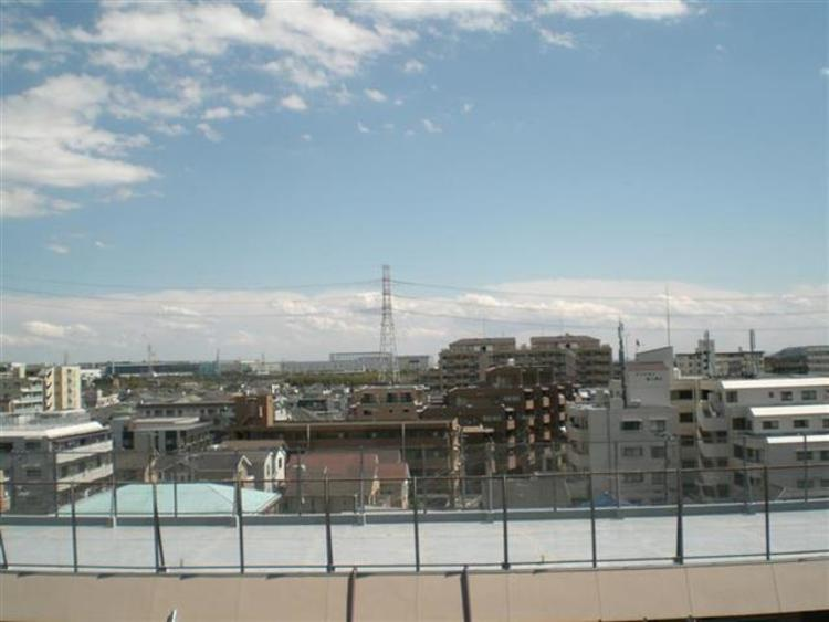 南東向き7階部分につき、日当たり眺望良好です