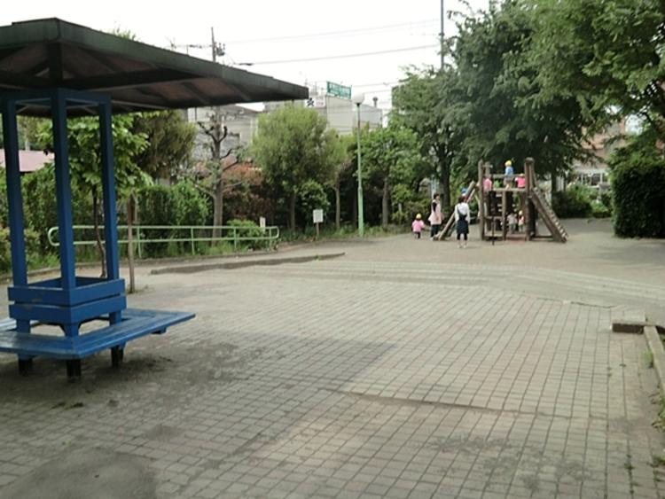 柿の木通り公園 距離約400m